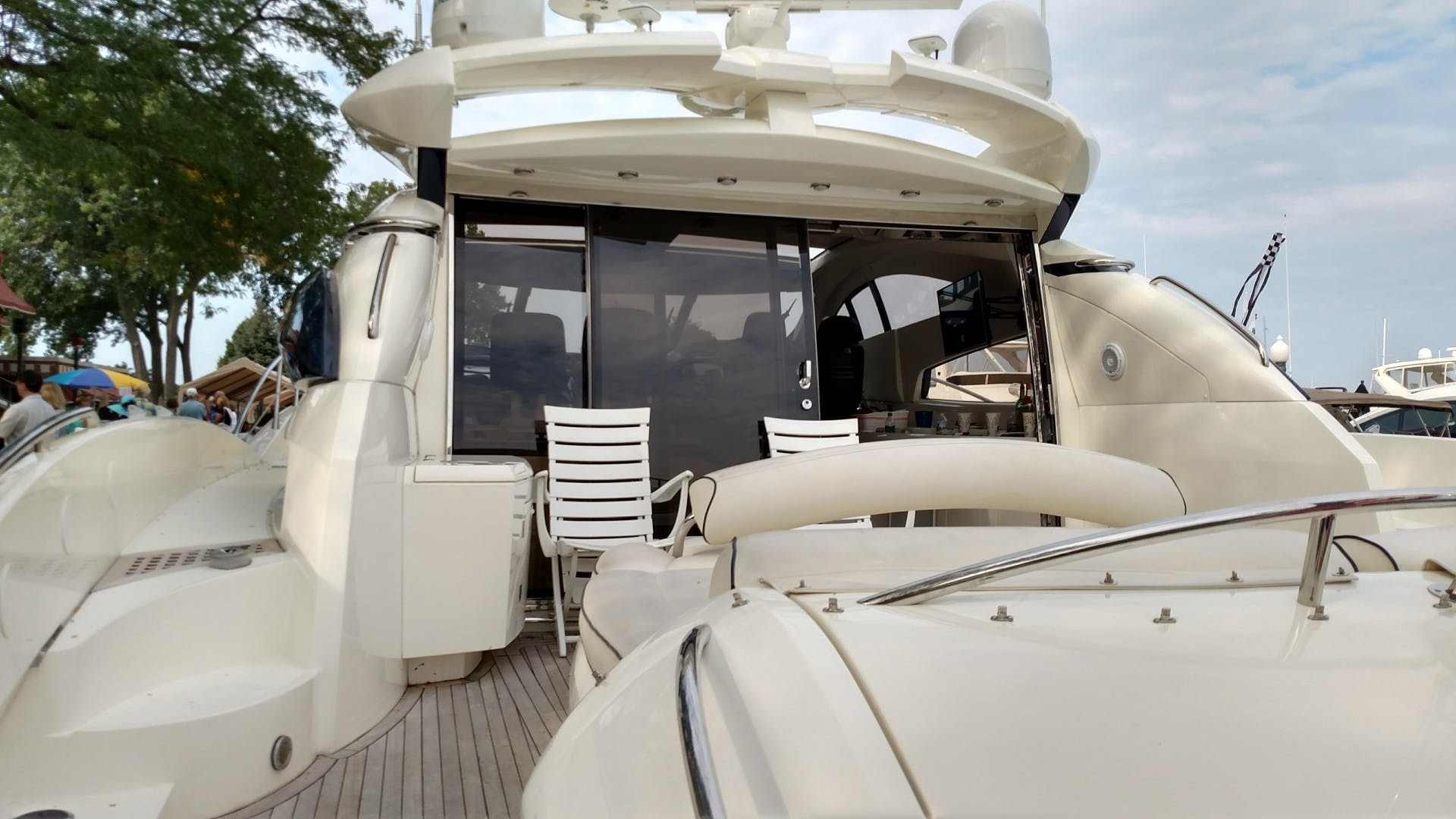 2000 Sunseeker 75' 75 Predator  | Picture 5 of 14