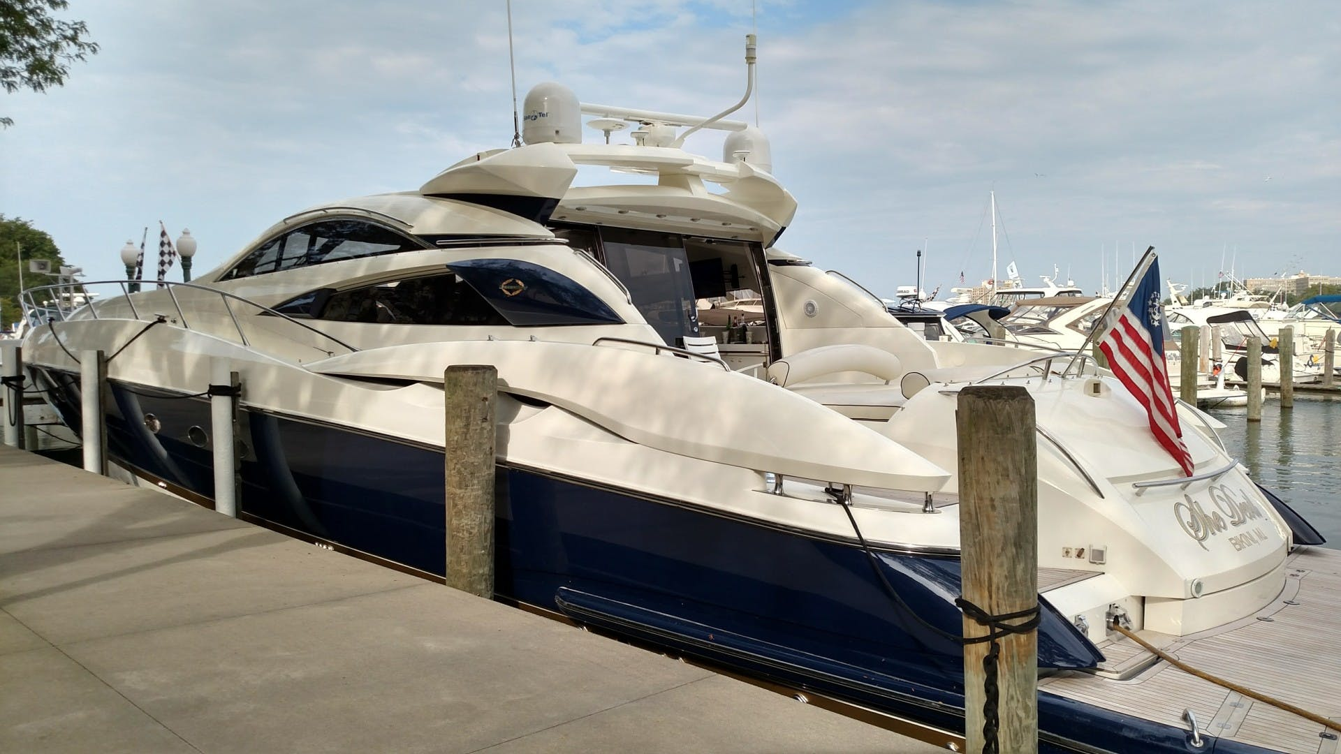 2000 Sunseeker 75' 75 Predator  | Picture 3 of 14
