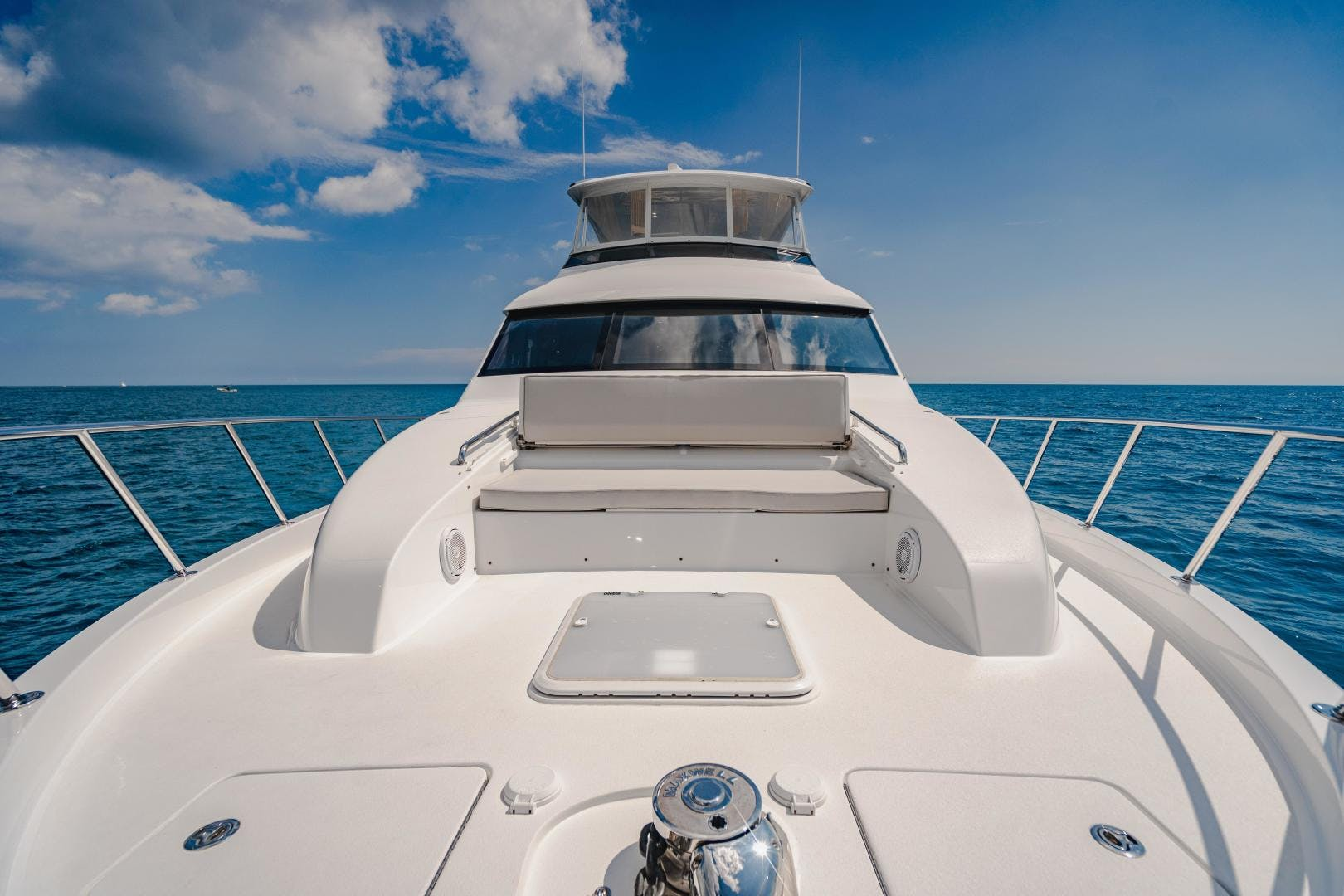 2019 Hatteras 60' M60 FREEDOM | Picture 5 of 78
