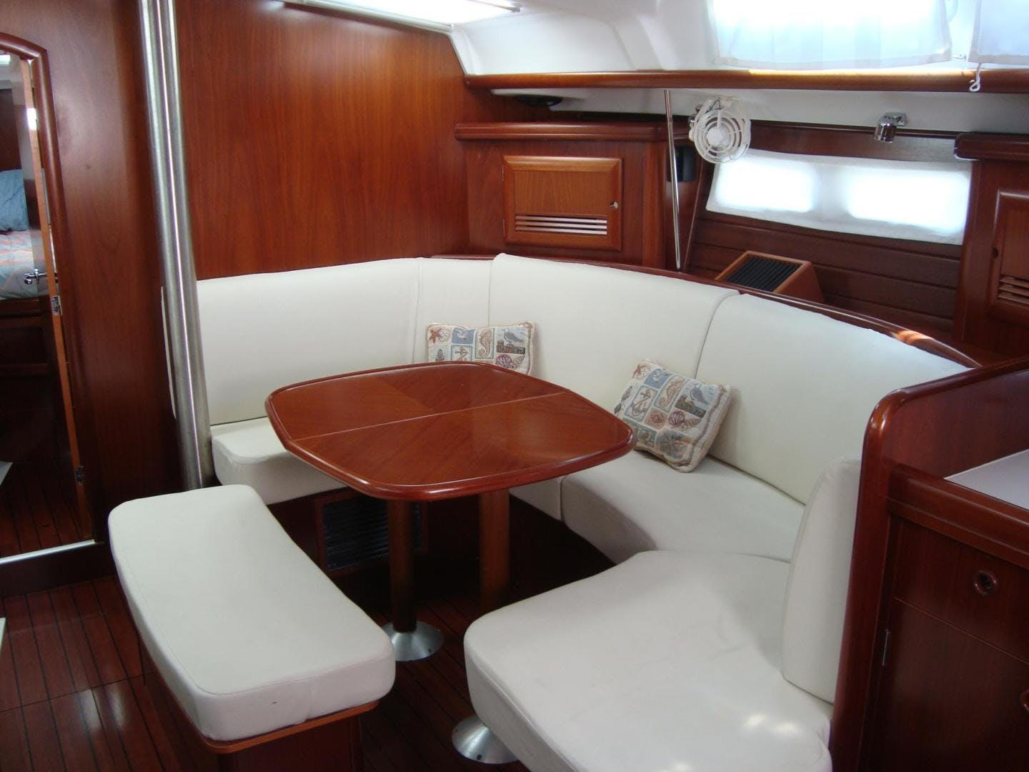 2004 Beneteau 42' 423 PRECIOUS TIME | Picture 4 of 31
