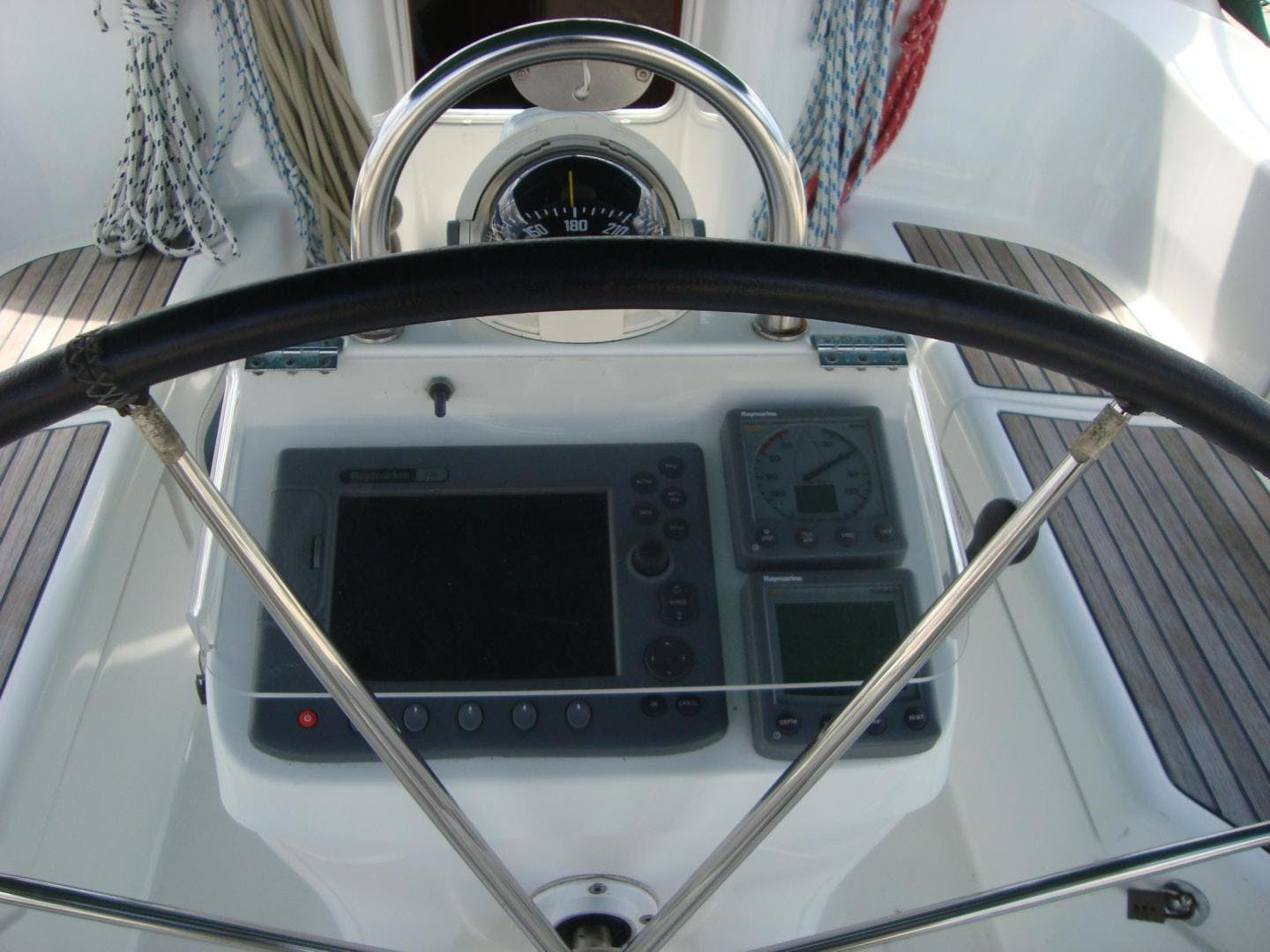 2004 Beneteau 42' 423 PRECIOUS TIME | Picture 6 of 31