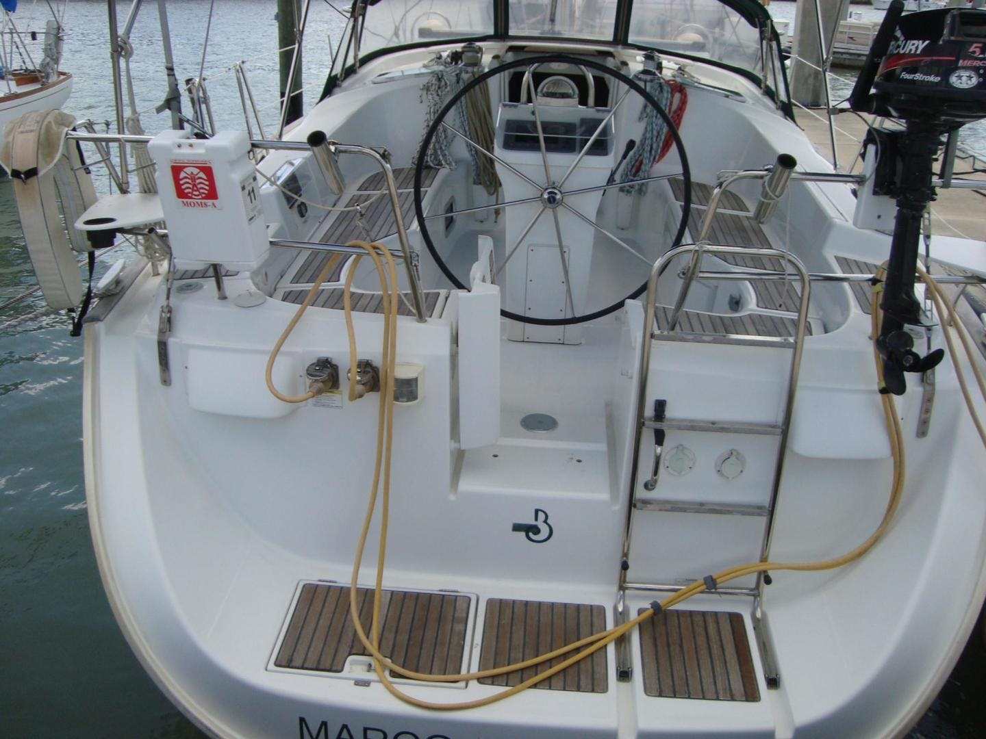 2004 Beneteau 42' 423 PRECIOUS TIME | Picture 3 of 31