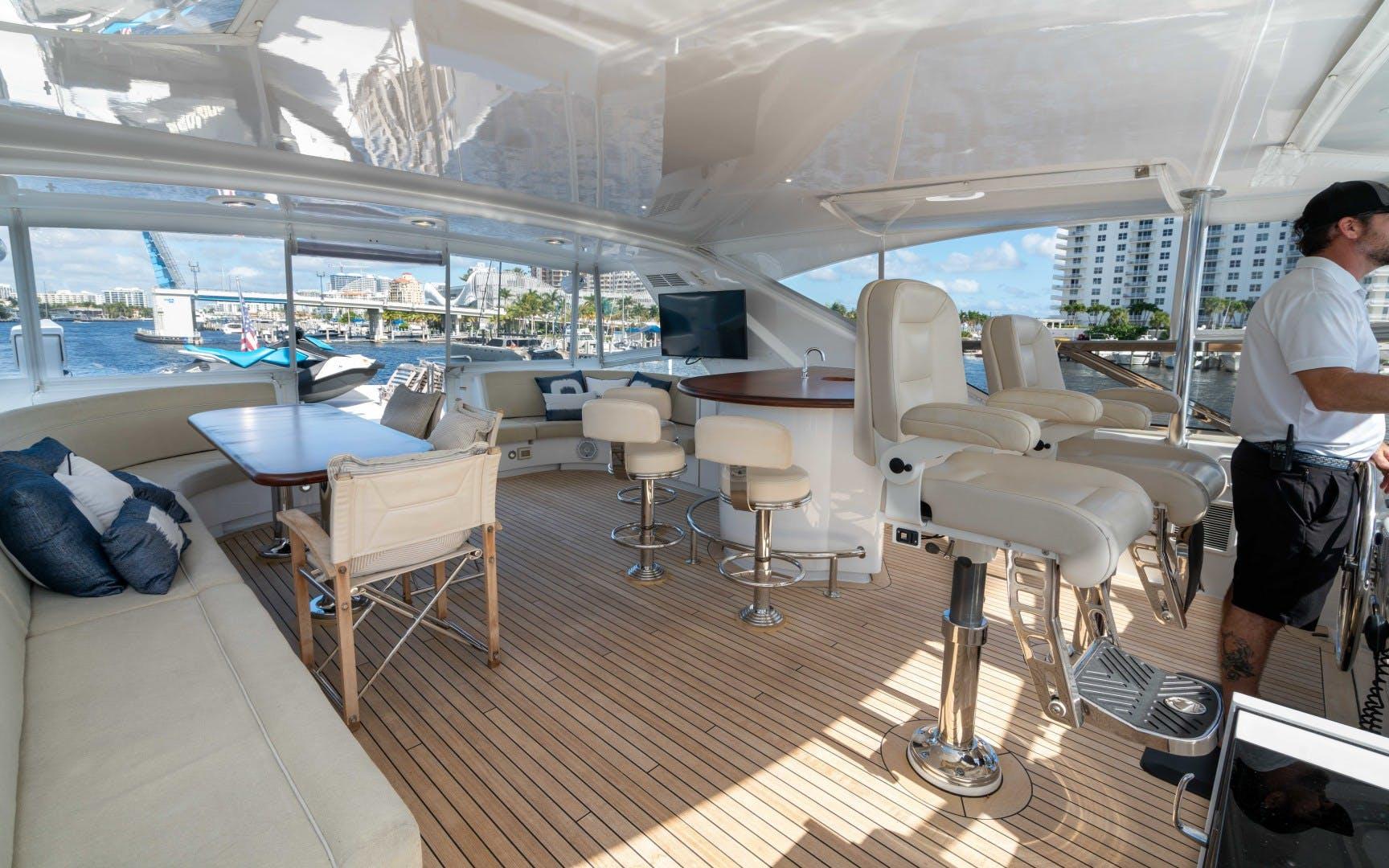 2012 Hatteras 80' 80 Motor Yacht Khaleesi | Picture 7 of 31