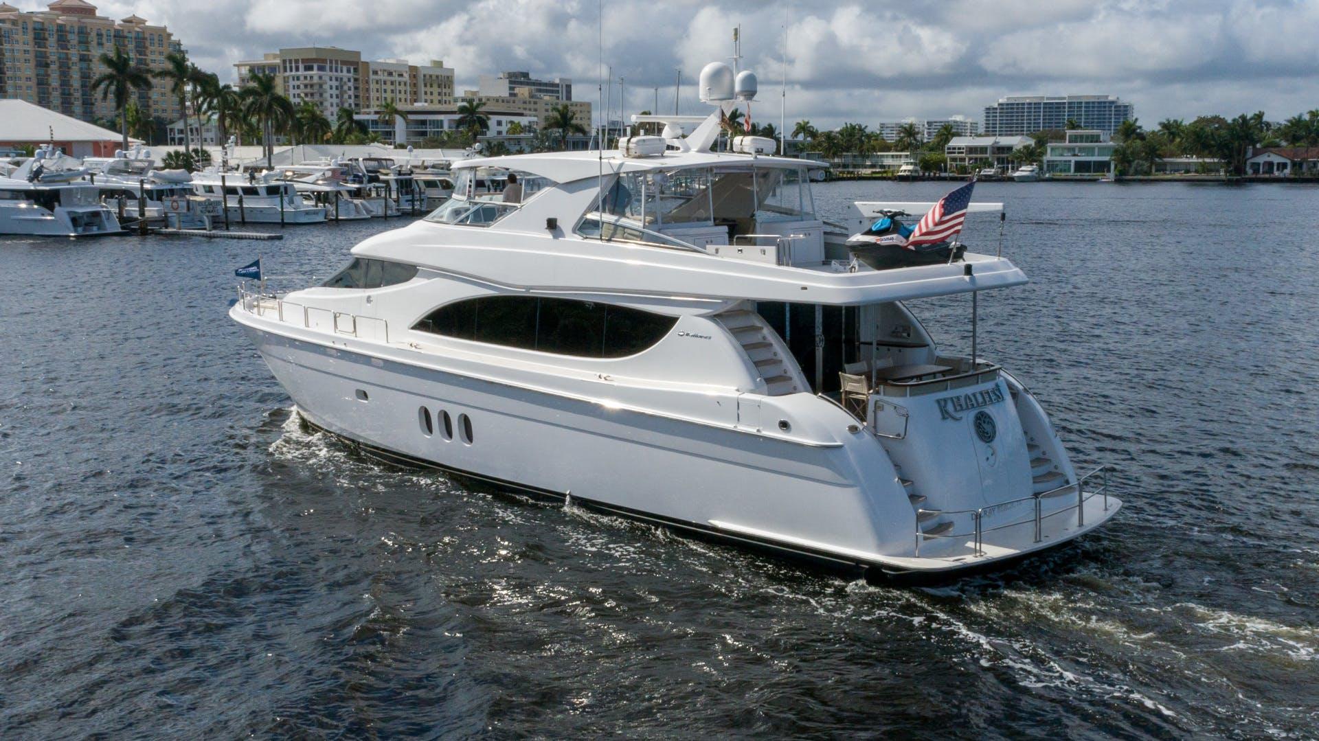 2012 Hatteras 80' 80 Motor Yacht Khaleesi | Picture 4 of 31