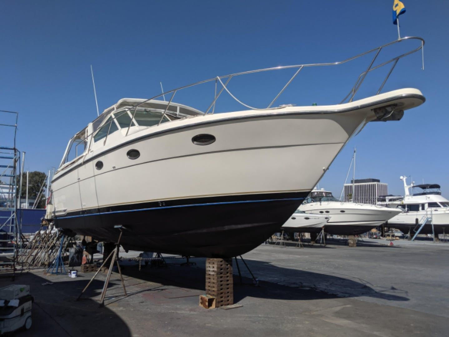 1997 Tiara Yachts 35' 3500 Express Island Time   Picture 8 of 24