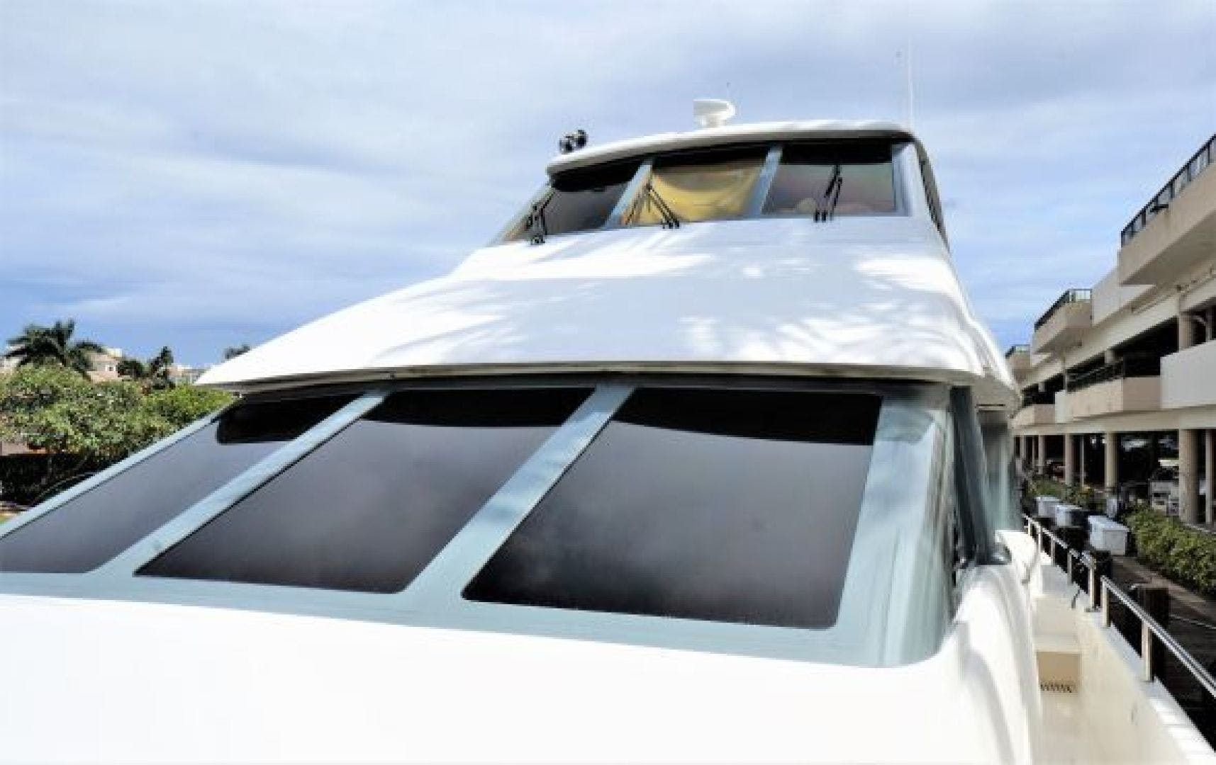 2001 Hatteras 65'  RENEGADE | Picture 3 of 4