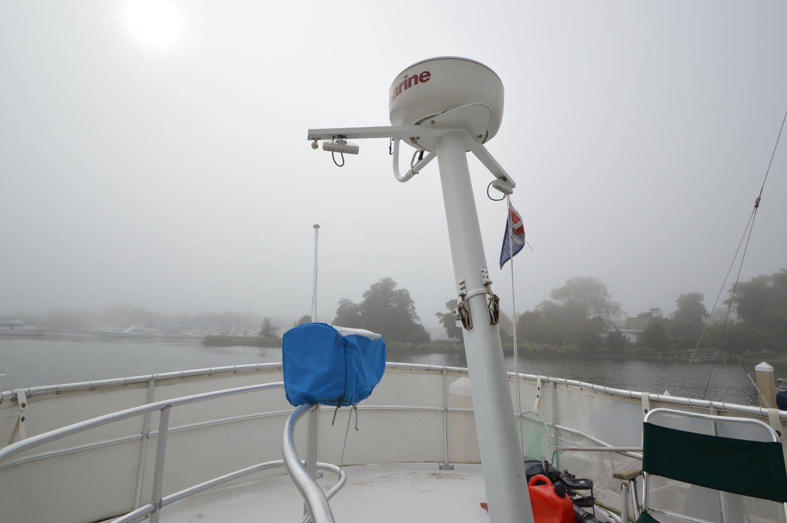 2000 Mainship 39' 390 Irish Mist | Picture 2 of 67