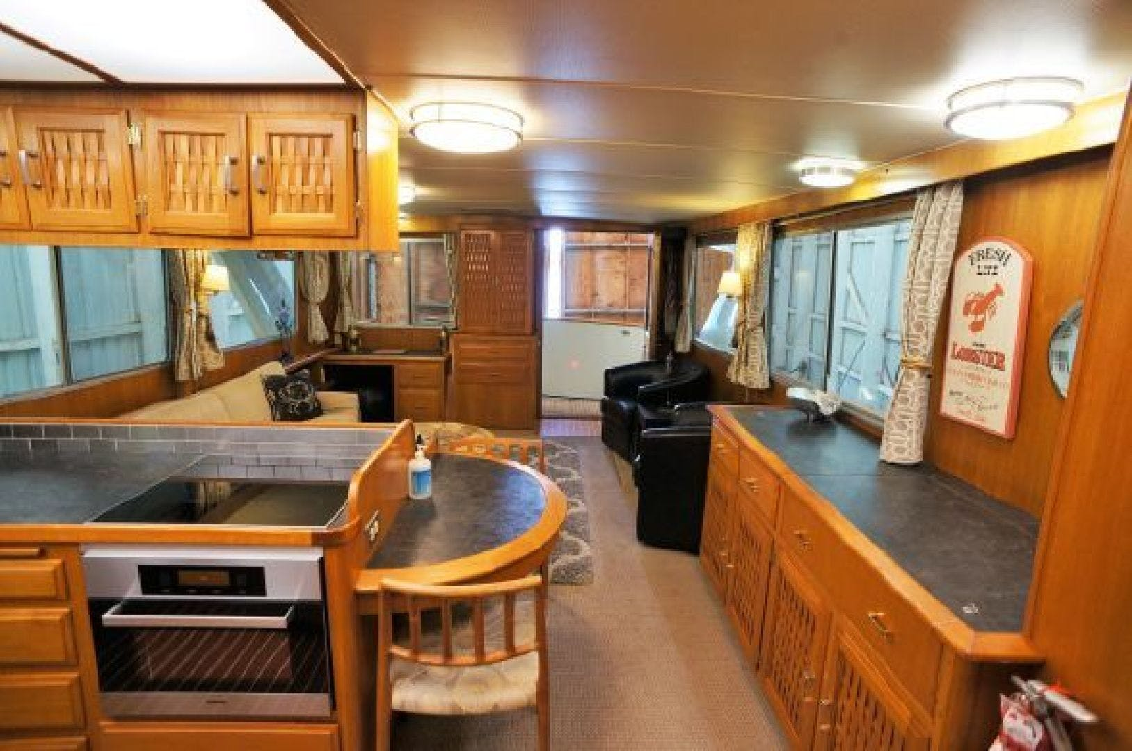 1983 Tollycraft 61' 61 Motor Yacht The Great Escape | Picture 8 of 31