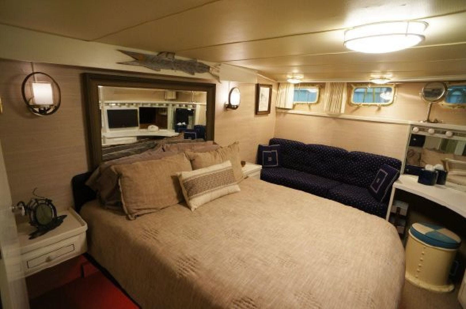 1983 Tollycraft 61' 61 Motor Yacht The Great Escape | Picture 4 of 31