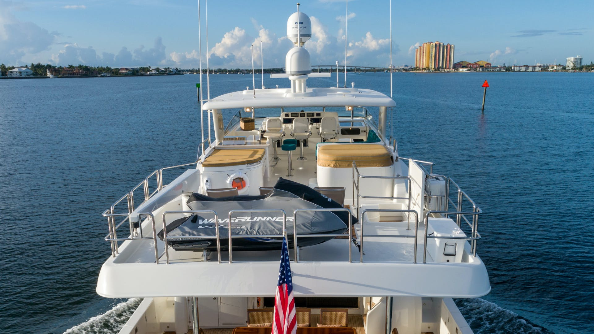 2013 Pacific Mariner 85'  SEAS THE MOMENT   Picture 8 of 124