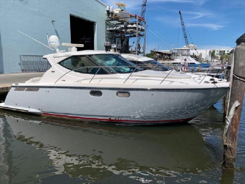2008 Tiara Yachts 35' 3500 Sovran