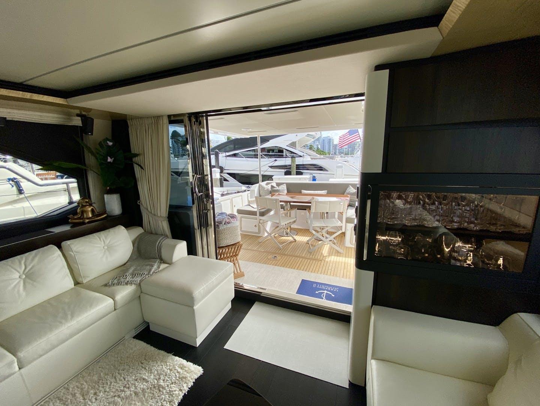 2018 Azimut 66' Flybridge Searenity II | Picture 8 of 116