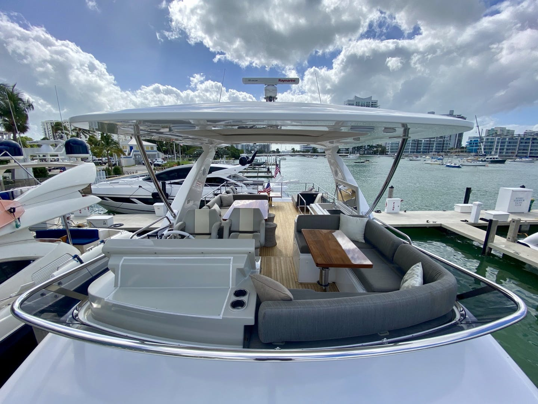 2018 Azimut 66' Flybridge Searenity II | Picture 6 of 116
