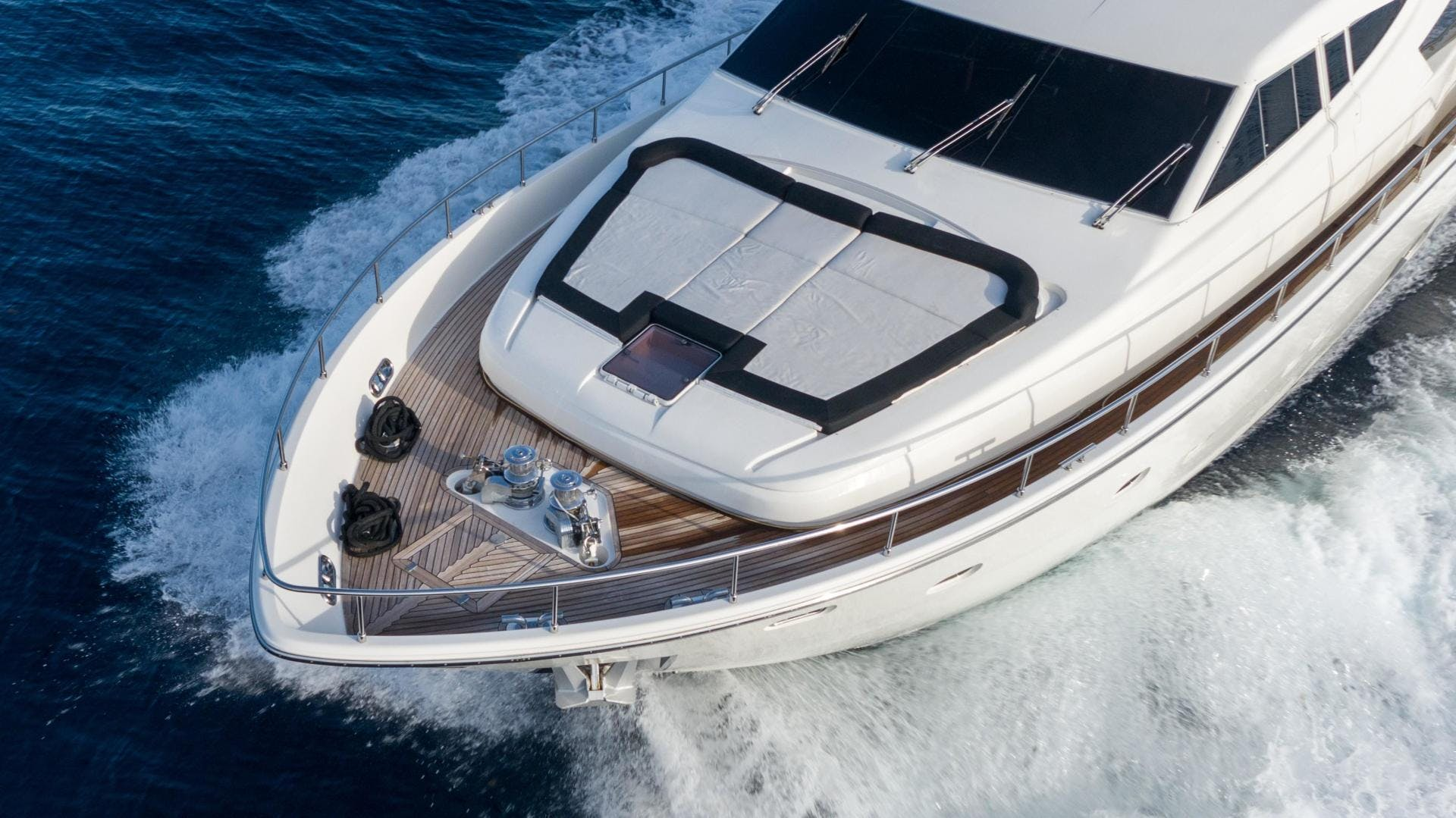 2006 Ferretti Yachts 88'  KAVITA | Picture 5 of 51