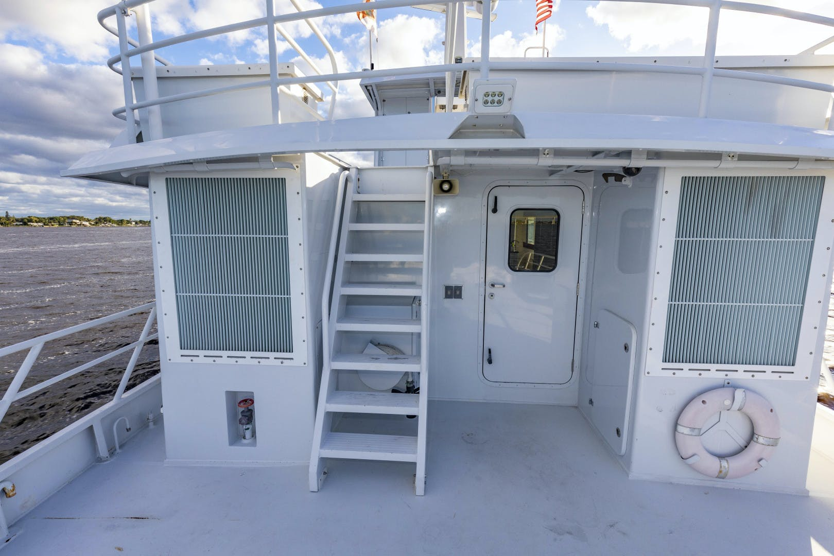 2018 GlassTech 96' Expedition Yacht Reset   Picture 7 of 81
