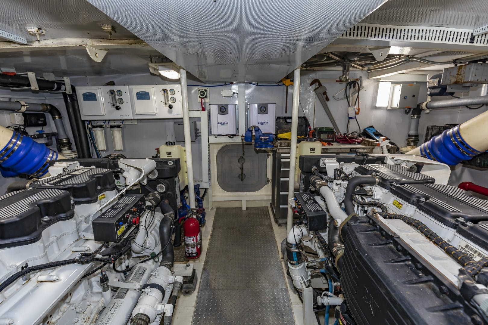2018 GlassTech 96' Expedition Yacht Reset   Picture 8 of 81