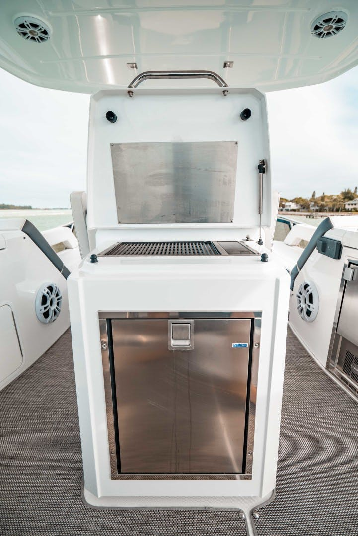 2018 Cruisers 60' 60 Cantius Sea Rhythm III | Picture 3 of 92