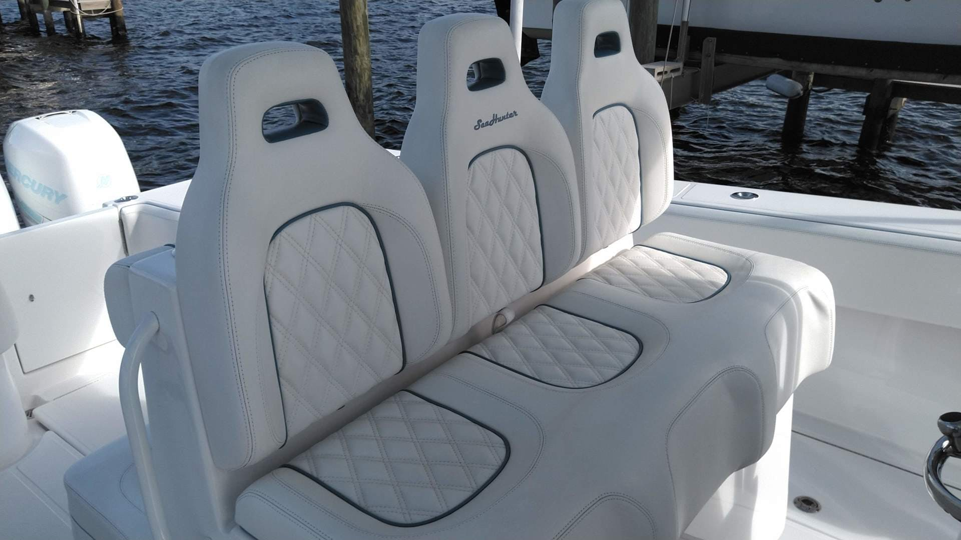 2019 SeaHunter 33' 33  | Picture 1 of 32