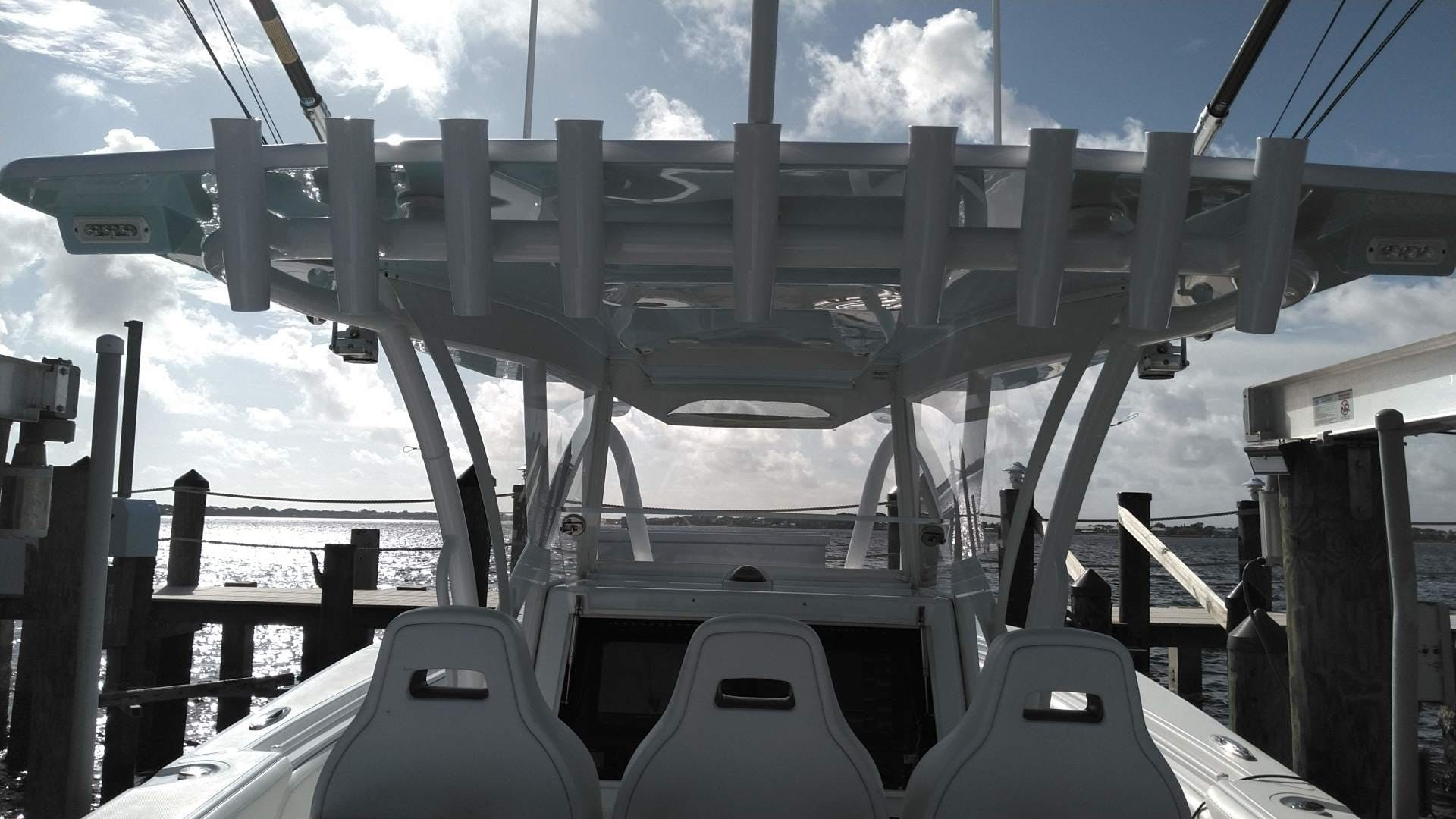 2019 SeaHunter 33' 33  | Picture 5 of 32