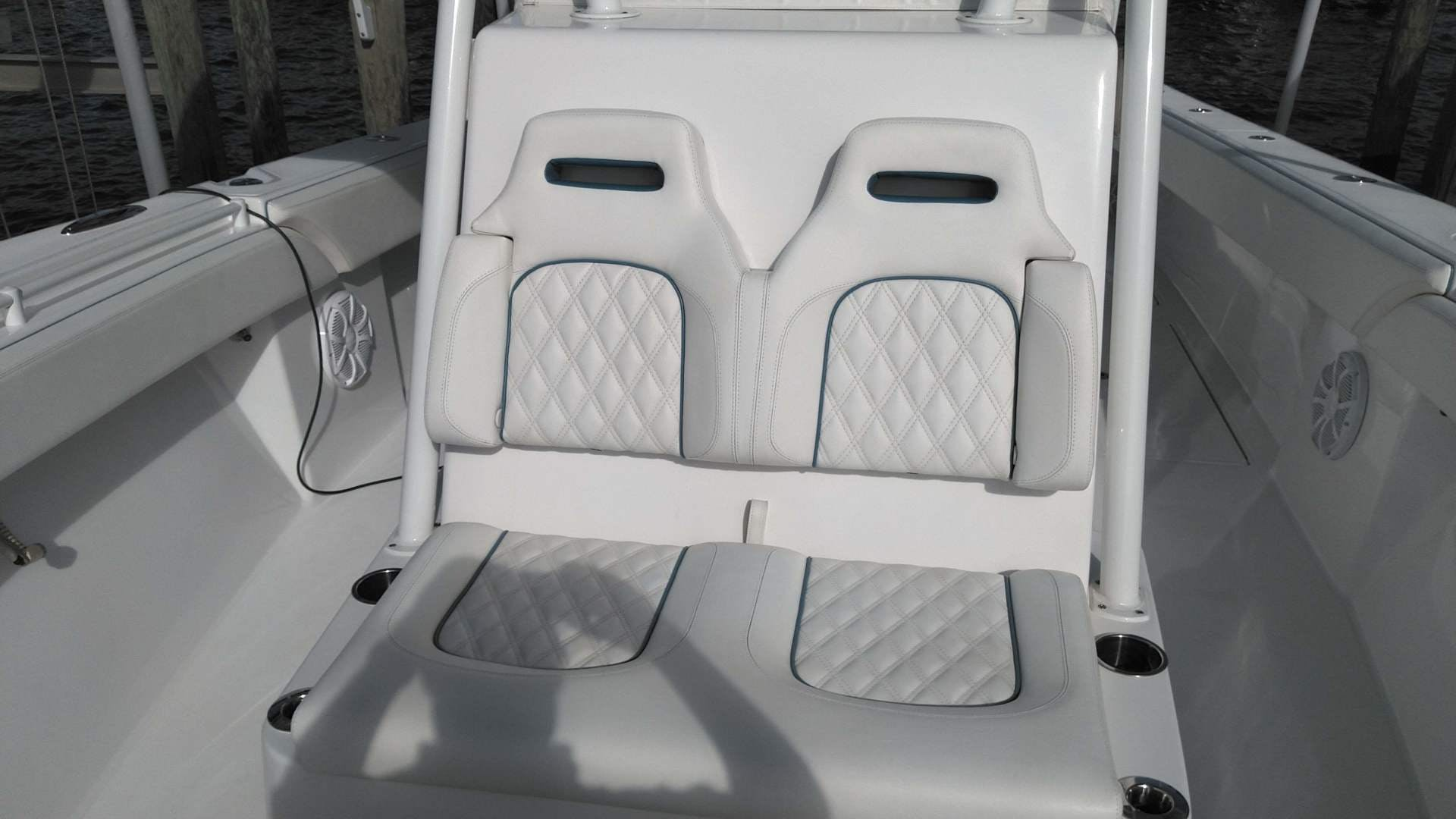 2019 SeaHunter 33' 33  | Picture 3 of 32