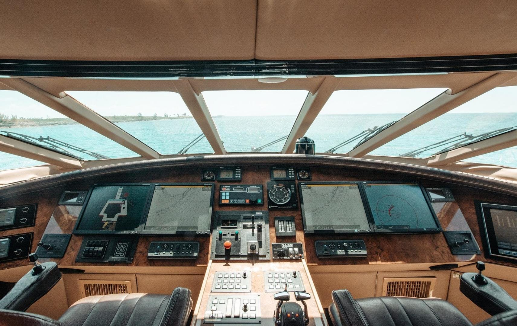 1994 Motor Yacht 126' Norship Impulsive | Picture 7 of 33