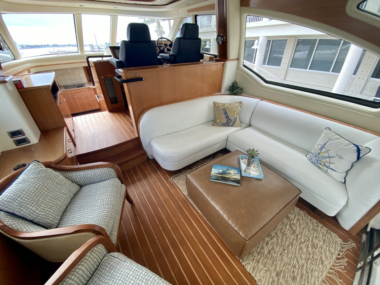2009 Tiara Yachts 58' 5800 Sovran Eventus | Picture 2 of 14