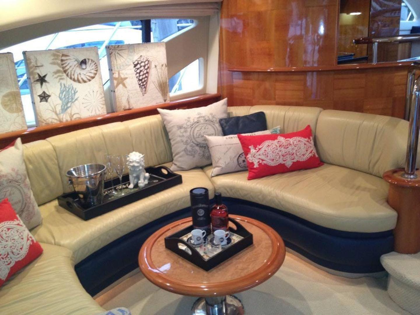 2005 Azimut 62' 62 Evolution  | Picture 7 of 17