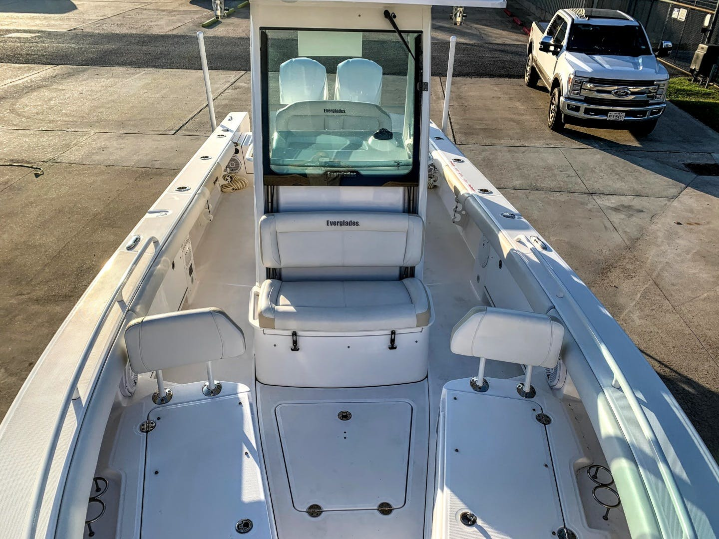 2018 Everglades 27' 273 Center Console No Name | Picture 6 of 20