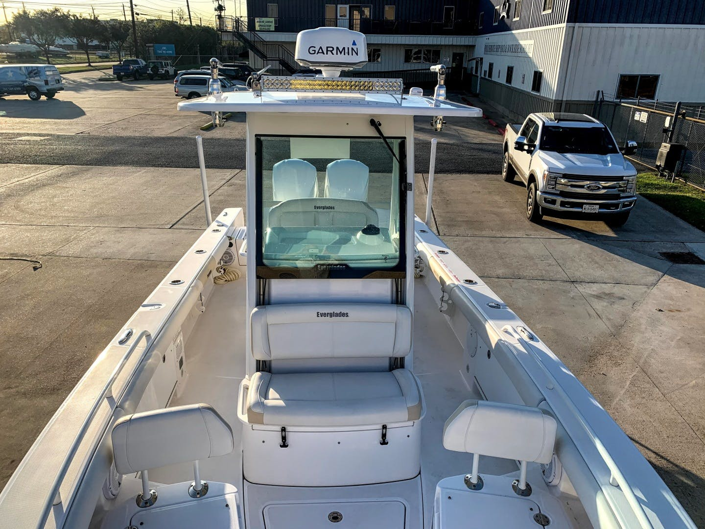 2018 Everglades 27' 273 Center Console No Name | Picture 7 of 20