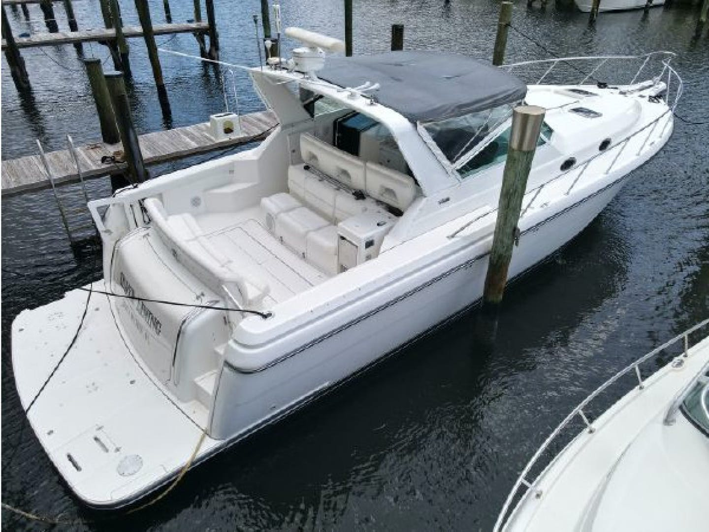 2001 Tiara Yachts 40' 4000 Express Cummins Engines  | Picture 5 of 70