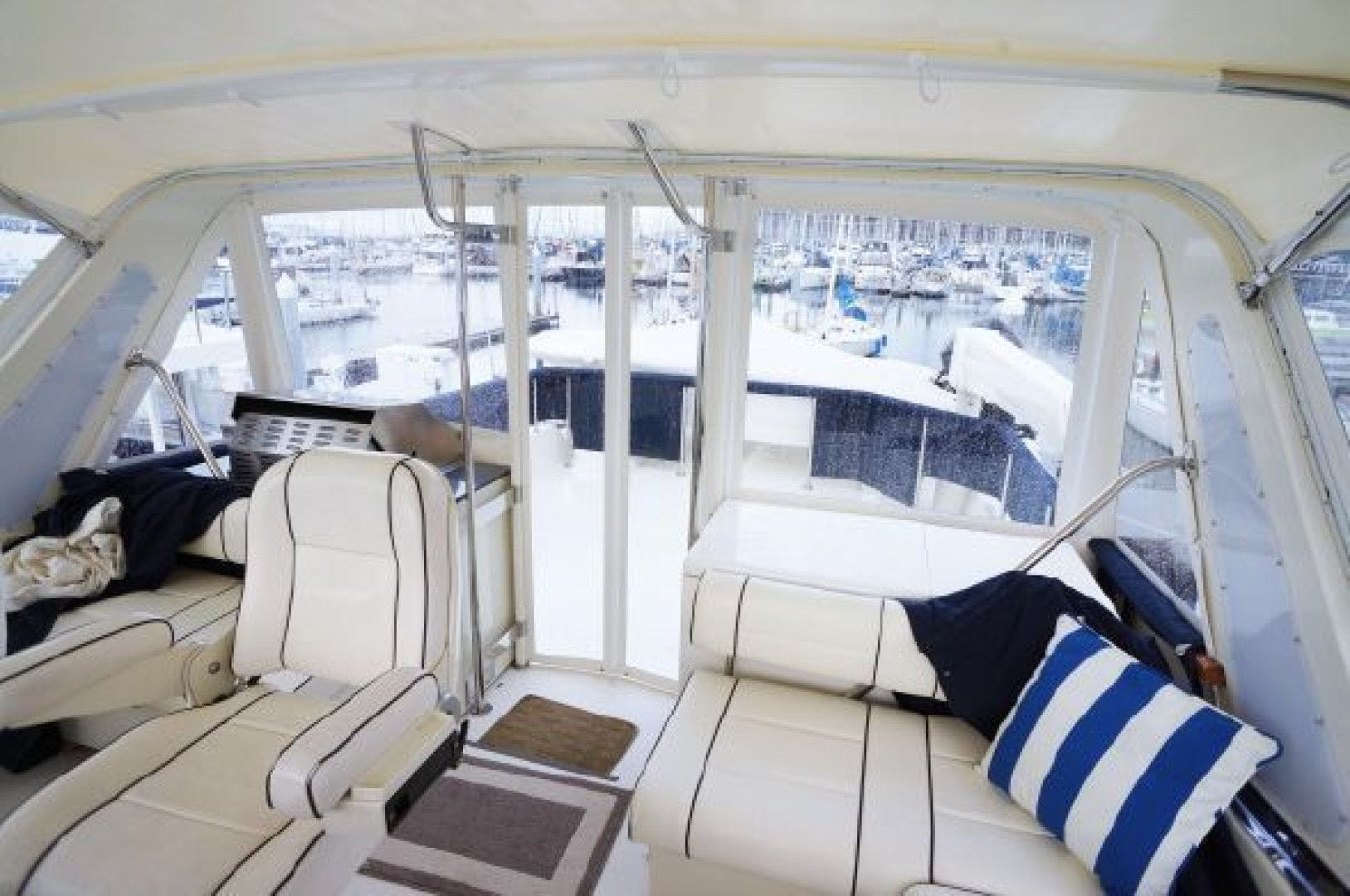 1990 Tollycraft 61' 61 Motor Yacht Graceful lady | Picture 5 of 45