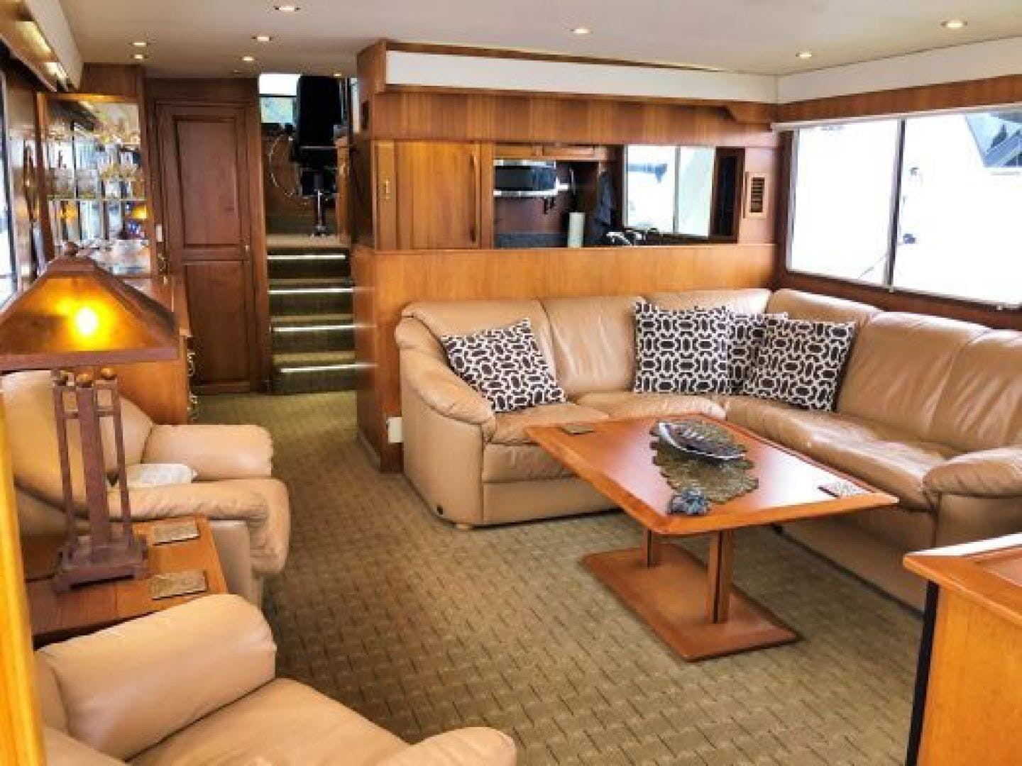 1990 Tollycraft 61' 61 Motor Yacht Graceful lady | Picture 3 of 45