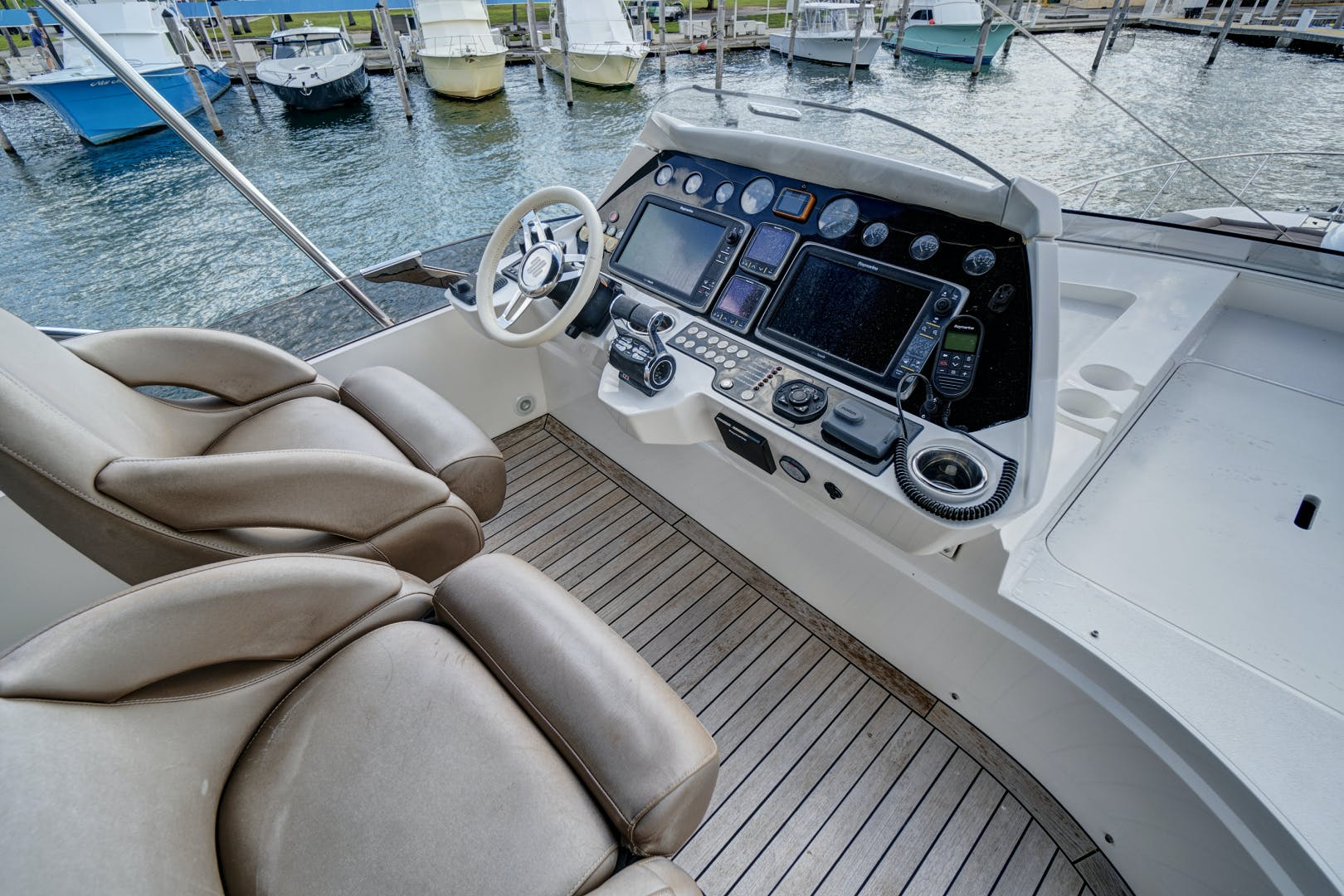 2014 Sunseeker 68' 68 Sport Yacht New Page | Picture 6 of 75