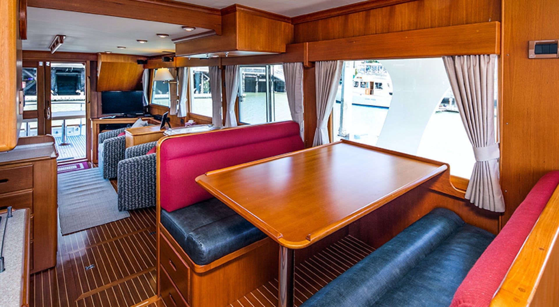 2007 Grand Banks 52' 52 Europa Pinkerton | Picture 5 of 26