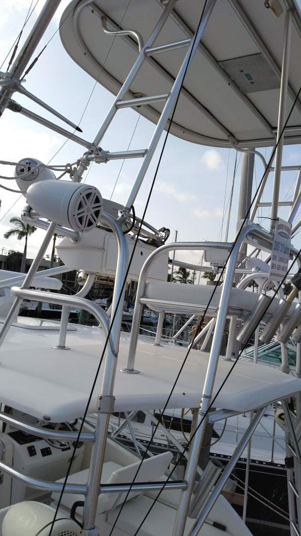 2007 Luhrs 34' 31 Open    Picture 6 of 18