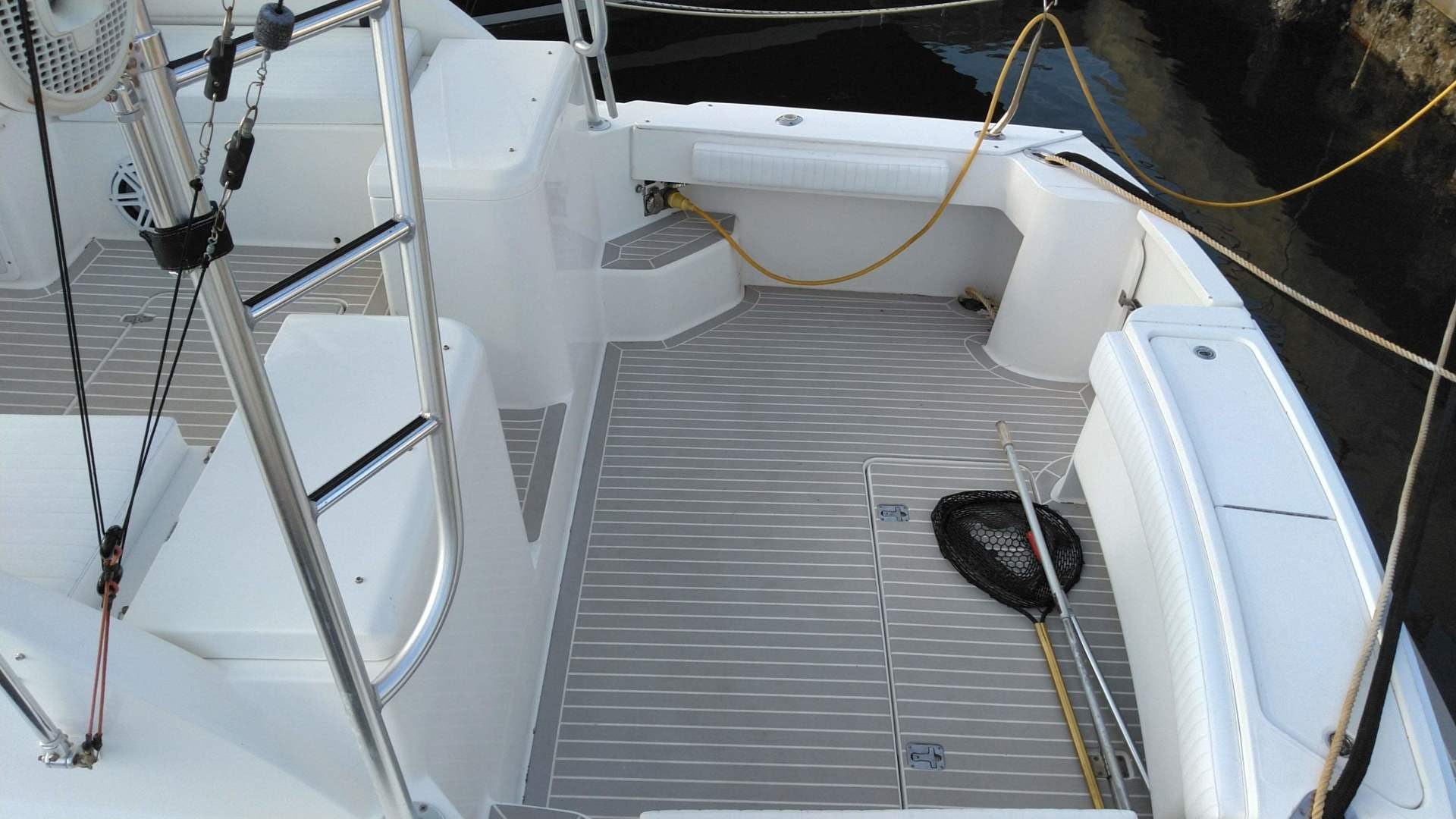 2007 Luhrs 34' 31 Open    Picture 5 of 18