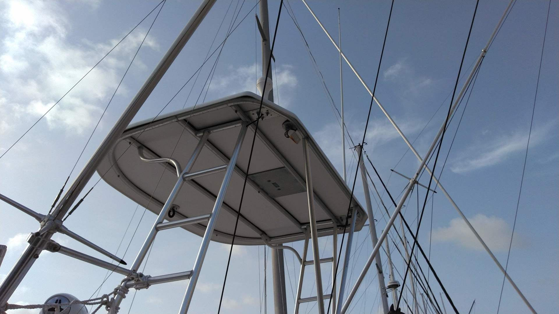 2007 Luhrs 34' 31 Open    Picture 7 of 18