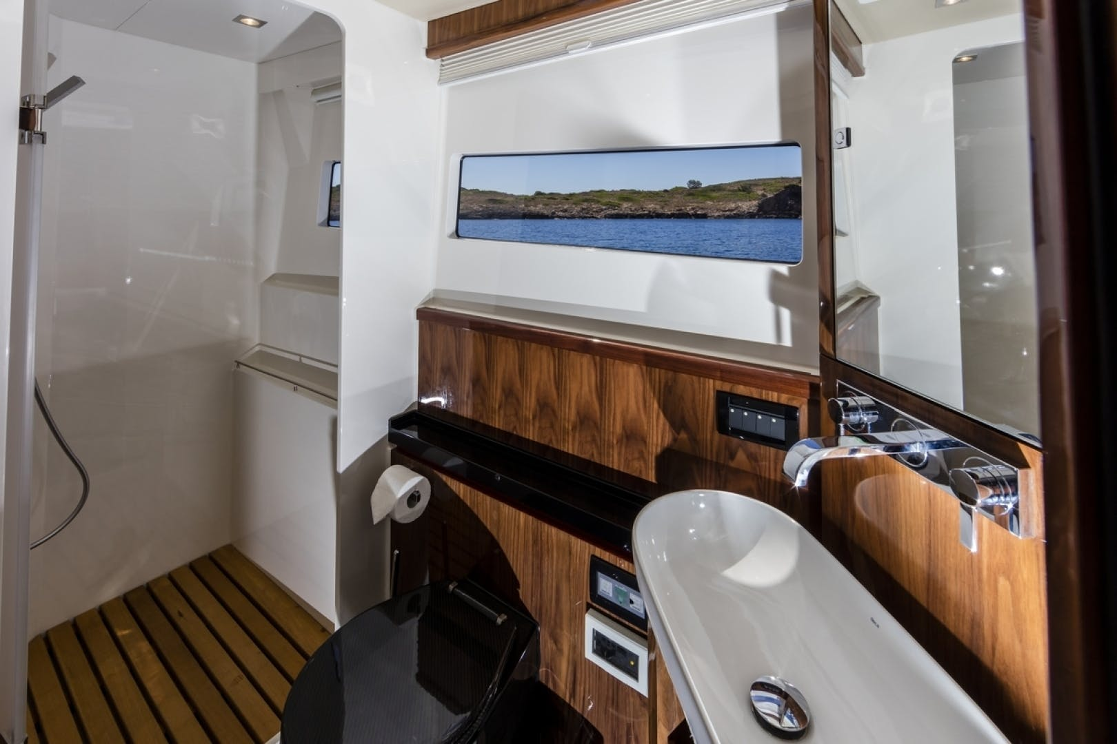 2016 HH Catamarans 66'  R SIX | Picture 7 of 37