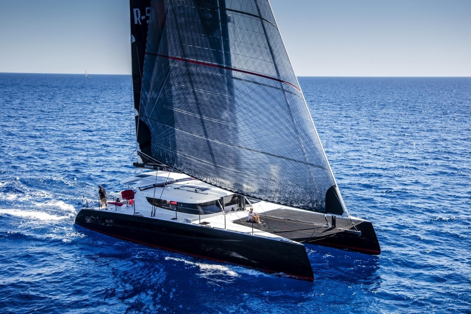 "2016 HH Catamarans 66'  ""R SIX"""
