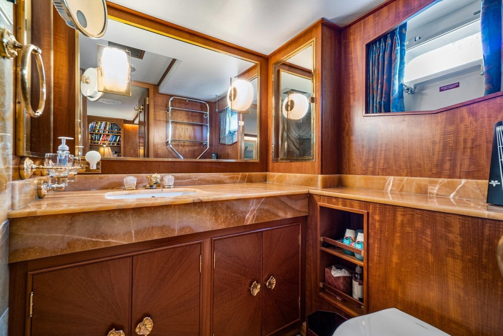 1977 Feadship 85' Yacht Fisherman Impetuous | Picture 6 of 46