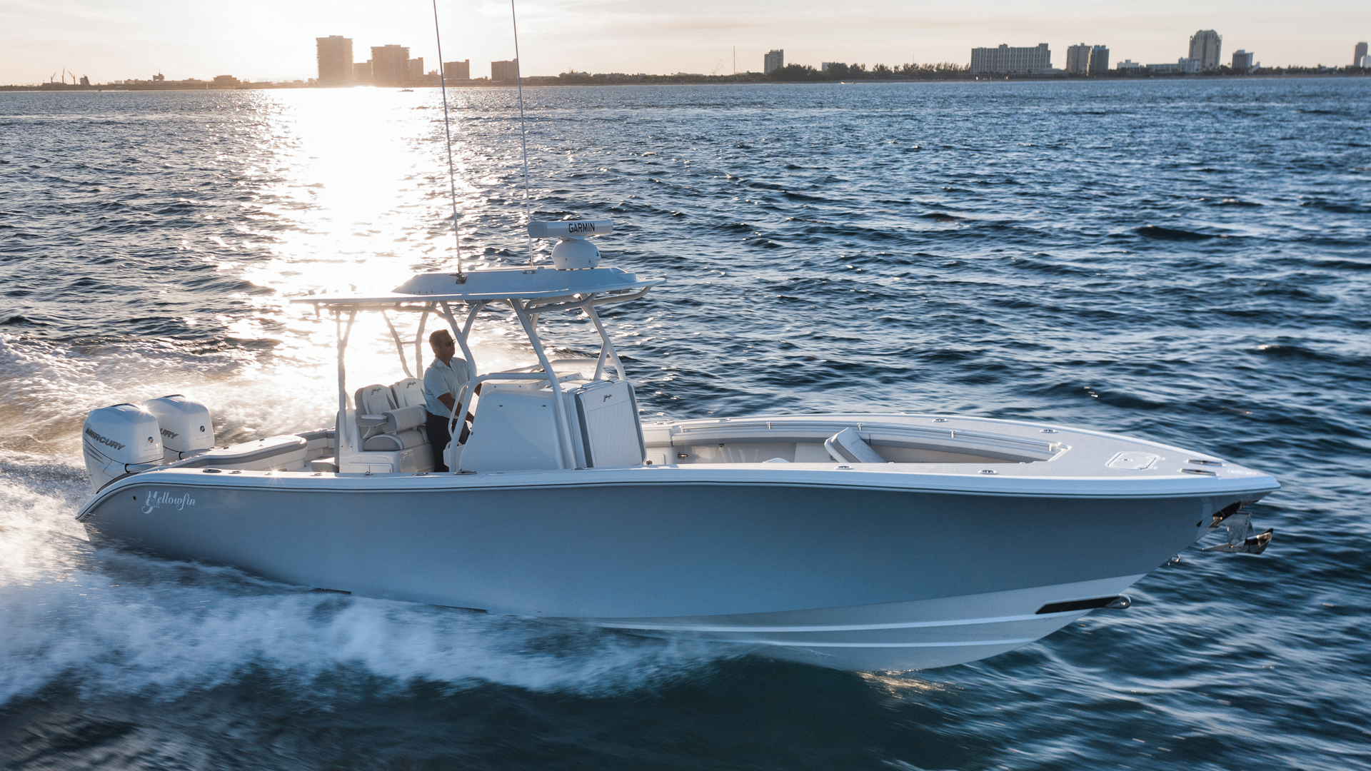 32' Yellowfin 2021 32 32 Offshore   In Stock Now
