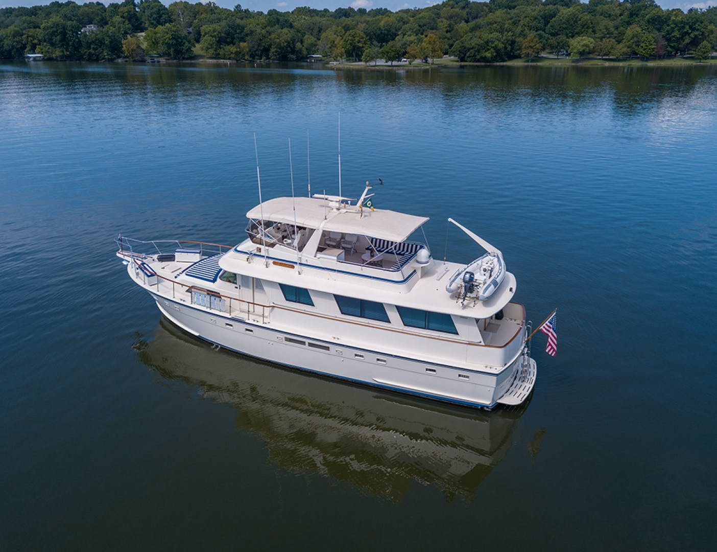 1987 Hatteras 63' 63 Motor Yacht ALL MY GIRLS | Picture 3 of 5