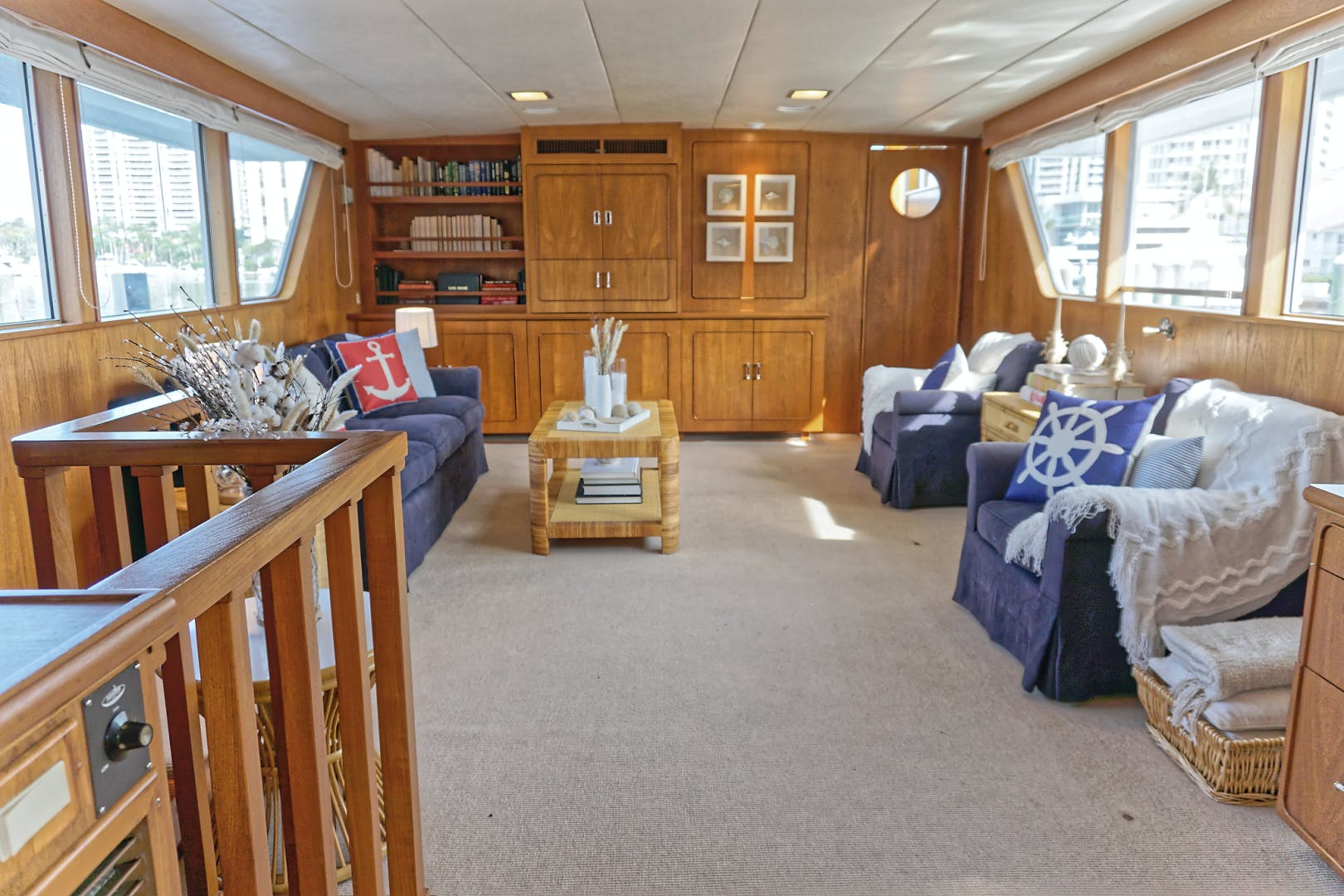 1986 Burger 88' Motor Yacht Encore | Picture 3 of 50