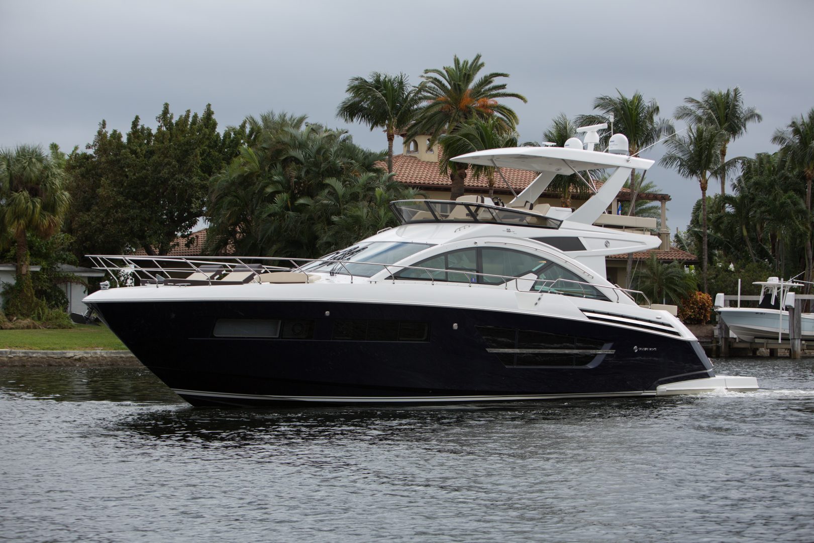 60' Cruisers Yachts 2018 Cantius BROWN EYED GIRL