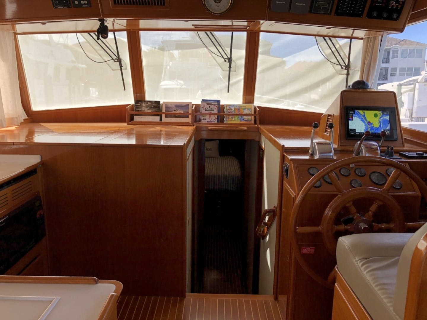 2003 Grand Banks 46' EUROPA  BLUE MOON | Picture 7 of 17