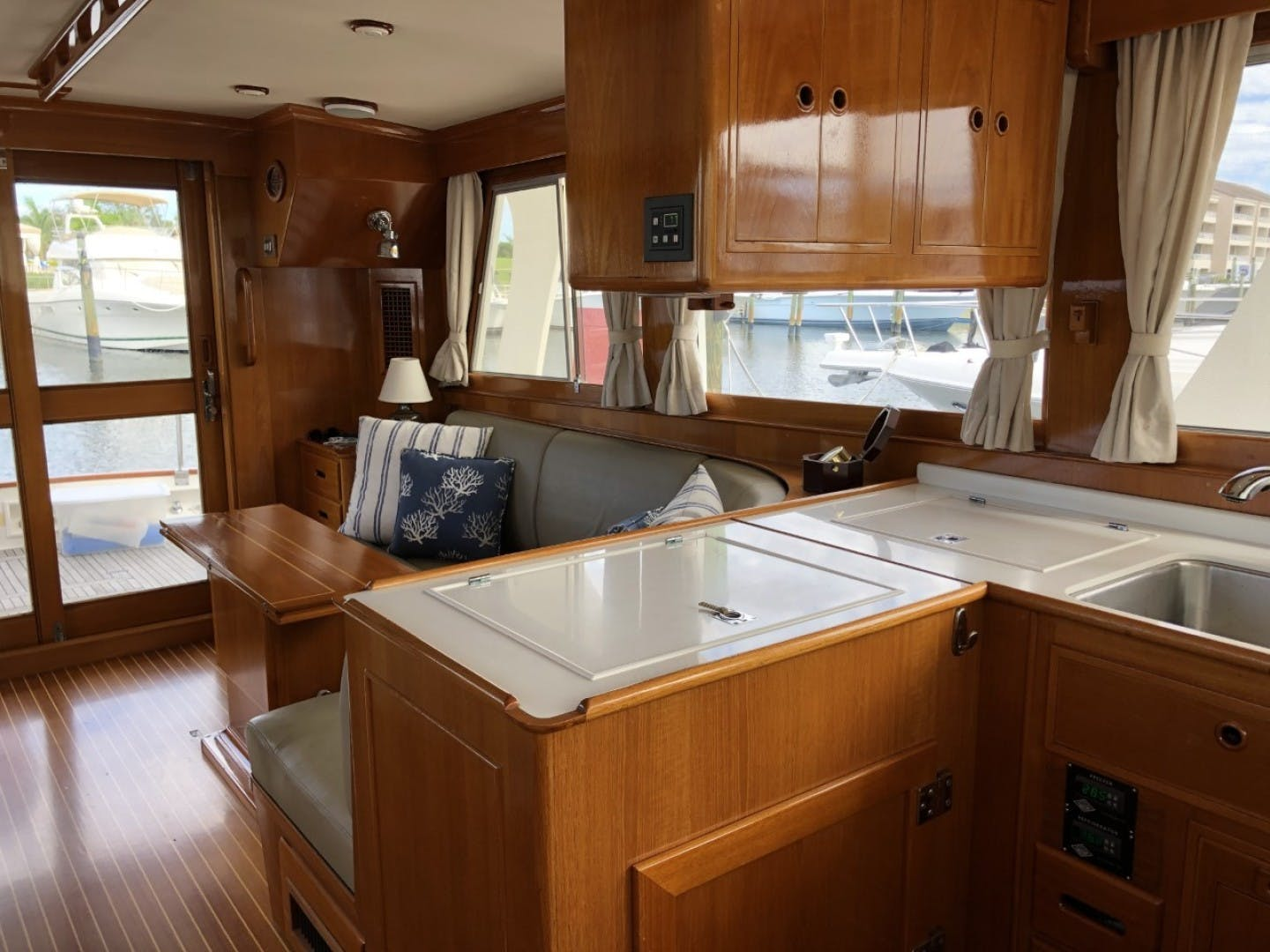 2003 Grand Banks 46' EUROPA  BLUE MOON | Picture 5 of 17