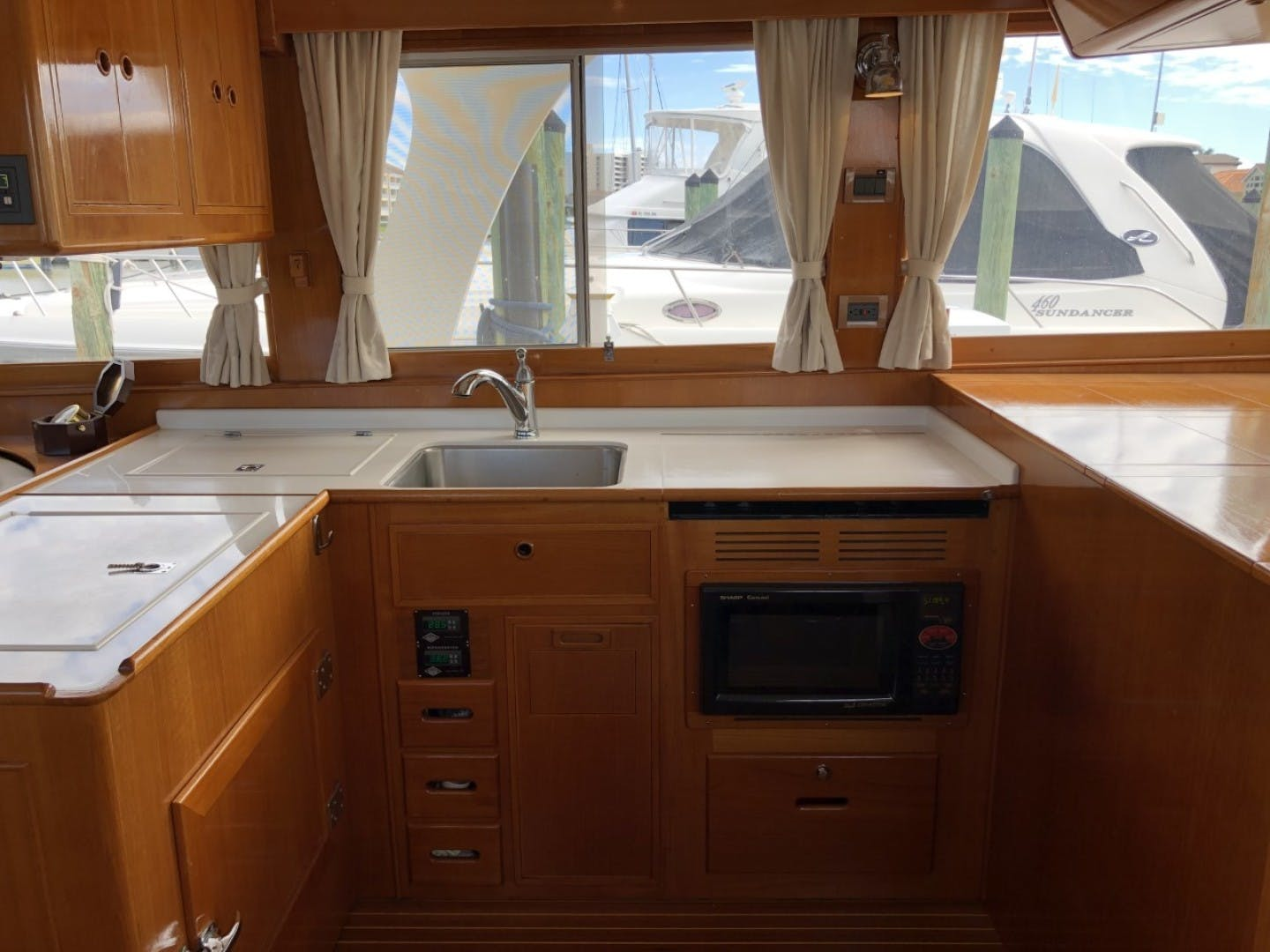 2003 Grand Banks 46' EUROPA  BLUE MOON | Picture 6 of 17