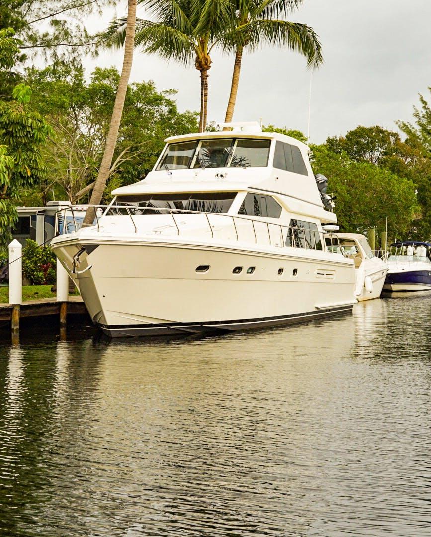 2008 Hampton 63' Skylounge Maverick   Picture 4 of 60