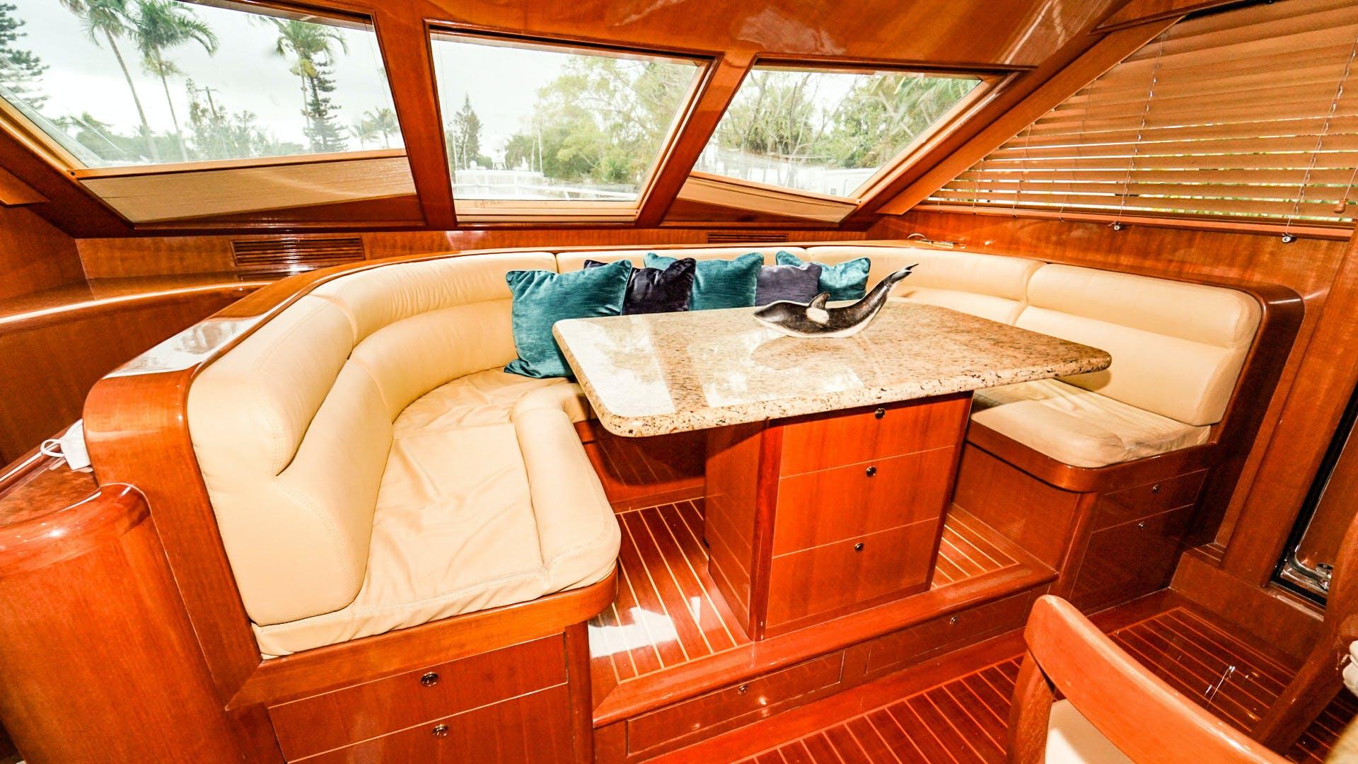 2008 Hampton 63' Skylounge Maverick   Picture 7 of 60