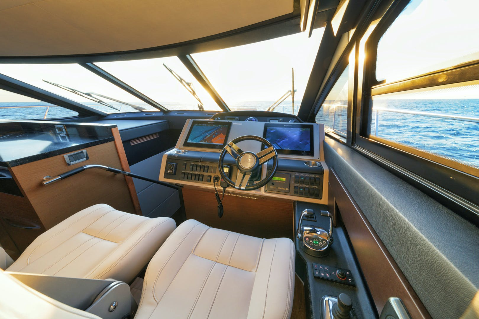 2015 Sea Ray 65' L650 Fly Migration | Picture 1 of 29